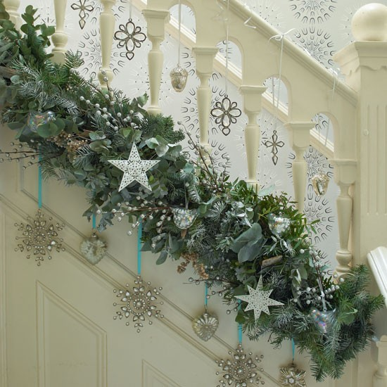 6 Starry Garland On Stairs Hall Photo Gallery Country